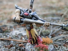 Even though the pose looks weird, this guy is actually aiming his weapon unlike most miniatures.